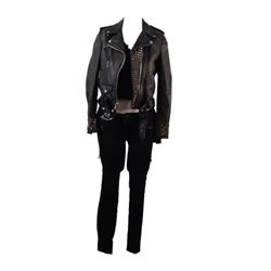 Amityville The Awakening Belle (Bella Thorne) Movie Costumes