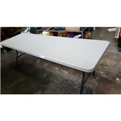 8FT FOLDING MARKET TABLE