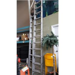 24FT EXTENDED LADDER