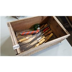 WOOD CRATE WITH CHISELS FILE AND SPRAYER