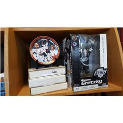 GRETZKY FIGURE AND HOCKEY COLLECTOR PLATES AND MARILYN PLATE