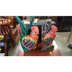 2 ROOSTER FIGURES