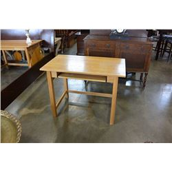 MISSION OAK STYLE DESK WITH PULL OUT TRAY