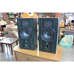 SMALL GLASS SHELF TV STAND AND PAIR OF DELTA 70 SPEAKERS