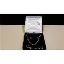 NEW RHINESTONE JEWELLRY IN GIFT BOX