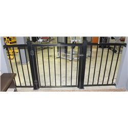 BLACK METAL PATIO FENCE WITH GATE