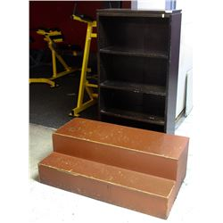 4-TIER BOOKSHELF AND WOOD STEP-UP PLATFORM