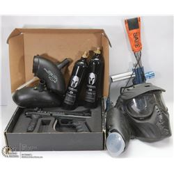TOTE OF PAINT BALL ACCESSORIES, INCLUDES 2 GUNS,