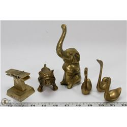 5 VINTAGE BRASS COLLECTIBLES - BULLDOG, ELEPHANT &