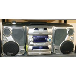 VENTURER 5 DISC MINI HI FI SYSTEM X-BASS W/REMOTE