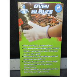 New Pair of Oven Gloves / a must for BBQ OR Camping these are awesome