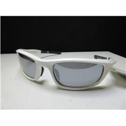 New Mens Foster Grant Sunglasses / 100% Max block protection