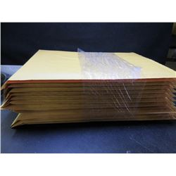 New bundle of 12 - 9 1/2 x 13 Bubble Mailers with self sealing strip
