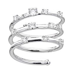 0.6 ctw Diamond Ring - 18KT White Gold