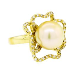 0.35 ctw Diamond and Pearl Ring - 18KT Yellow Gold