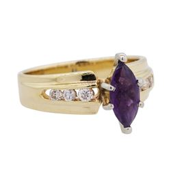 1 ctw Amethyst Ring - 14KT Yellow Gold