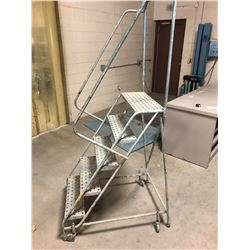 Metal Rolling Stair Unit