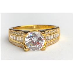 Beautiful 18k Diamond Ring(cts)