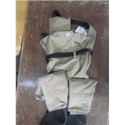 BASS PRO waders qty 2 size 2XL and Lrge returned
