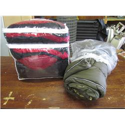 BED IN A BAG red/black, 1 green sleeping bag