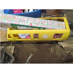 PALLET of house wares, toys, dishes, kitchen