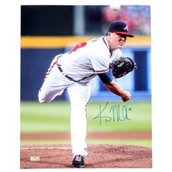 Kris Medlen Signed Braves 17x21 Photo (Radtke COA)