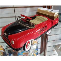 MINIATURE DIE CAST LENOX PEDAL CAR