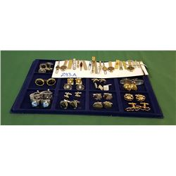 COLLECTION APPROX 17 VINTAGE CUFFLINK SETS & 19 TIE CLIPS