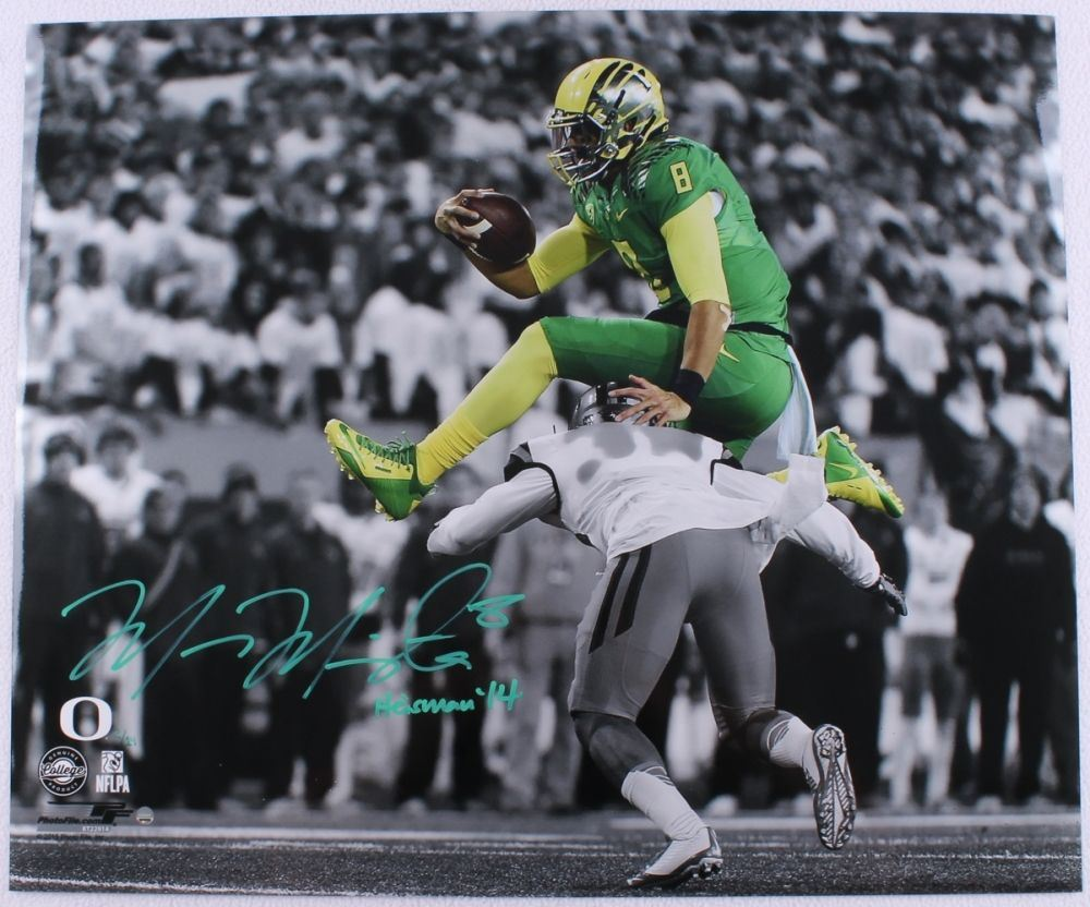 Image 1   Marcus Mariota Signed Oregon Ducks 20x24 Limited Edition Photo  Inscribed