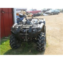 2008 Yamaha Quad 700 Grizzly c/w winch, CV joint in rear axle broke, runs, 5,000 kms, good tires, su