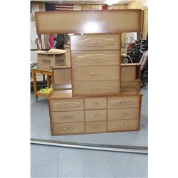 Bdrm. Set - Tall Dresser, 6 Drwr Dresser,Headbrd., Footbrd. & Rails