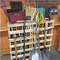 Vertical Pallet Lot: Long Handle Tools (Shovels, Pitch Fork, Press Wash Wand, etc)