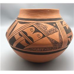 Hopi Pot - L. Dashee