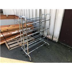 MOBILE BALL RACKS