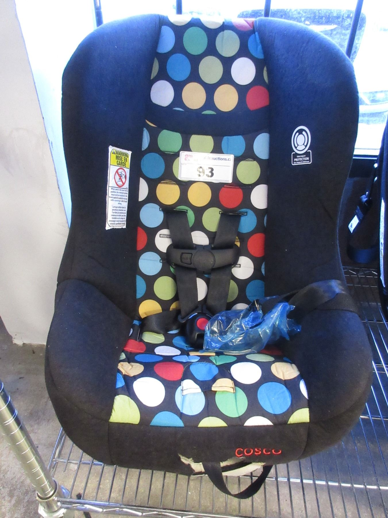 Image 1 COSCO BABY CAR SEAT COSMETIC DAMAGE
