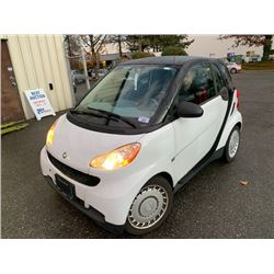 2009 SMART CAR FOR TWO, 2DR HATCH, WHITE, VIN # WMEEJ31X79K293866