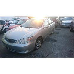 2004 TOYOTA CAMRY, GREY, 4DRSD, GAS, AUTOMATIC, *NO KEYS, NOT ROADWORTHY MUST TOW*,