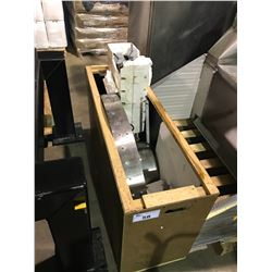 HOBART 180P CORNER STAINLESS STEEL CONVEYER SYSTEM (IN CRATE)