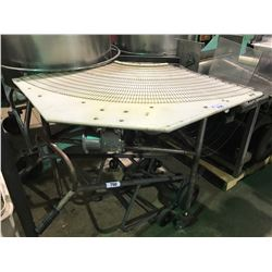 MOBILE FLEX-TURN WIRE BELT CORNER CONVEYOR