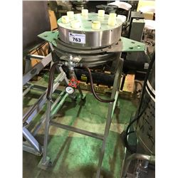 MOBILE STATION TANK PRESSURIZING MONITOR CART