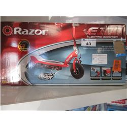 CHILDS RAZOR E100 ELECTRIC SCOOTER