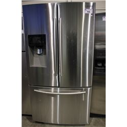 SAMSUNG STAINLESS STEEL FRIDGE/FREEZER WITH ICE/WATER