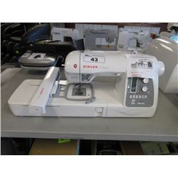 SINGER FUTURA XL-550 SEWING & EMBROIDERY MACHINE