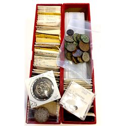 WORLDWIDE: LOT of 131 common coins
