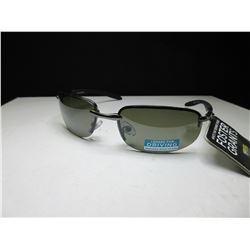 New Foster Grant Valve Sunglasses driving glass lenses