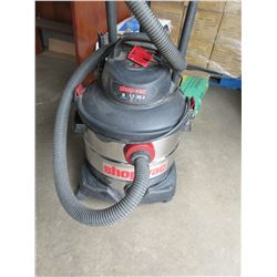 Almost New Shop Vac  8 Gal / 30.3 litres Stainless Wet/Dry VAC