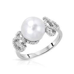 14KT White Gold 5.66ct Pearl and Diamond Ring