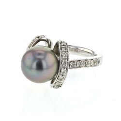 14KT White Gold 8.89ct Tahitian Pearl and Diamond Ring