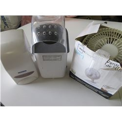 Flat with  Fan / Popcorn Popper / and Soap Dispensor with full soap