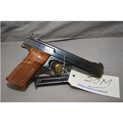 Smith & Wesson Model 41 .22 LR Cal 10 Shot Semi Auto Pistol w/ 140 mm bbl [ blued finish, adjustable